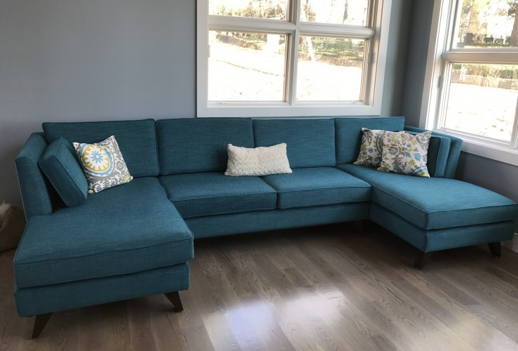 Roller U-Chaise Sectional  - Photo by Lesa Peterson